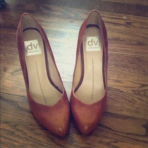 Dolce Vita Leather Caramel Pumps